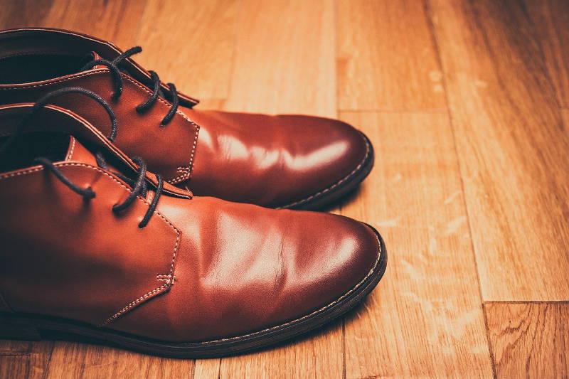 Ile kosztuje naprawa butów u szewca