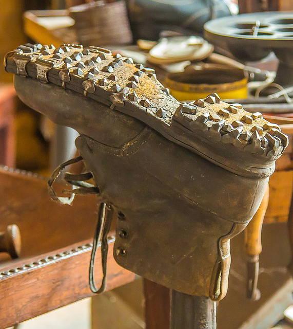 naprawa obuwia warszawa tarchomin